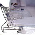 [Actus retail] Le travel retail, de nouvelles perspectives en vue ; Luxe, retail et digital : le triptyque qui pourrait être gagnant ; Les retailers face au défi du mobile